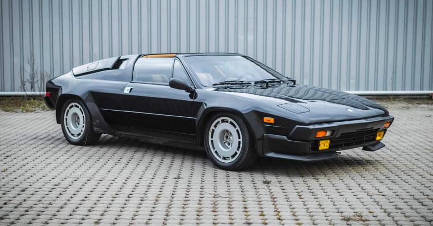 Chiêm ngưỡng 8 chiếc Lamborghini cực hiếm vừa được bán với giá 2 triệu USD - Ảnh 8.