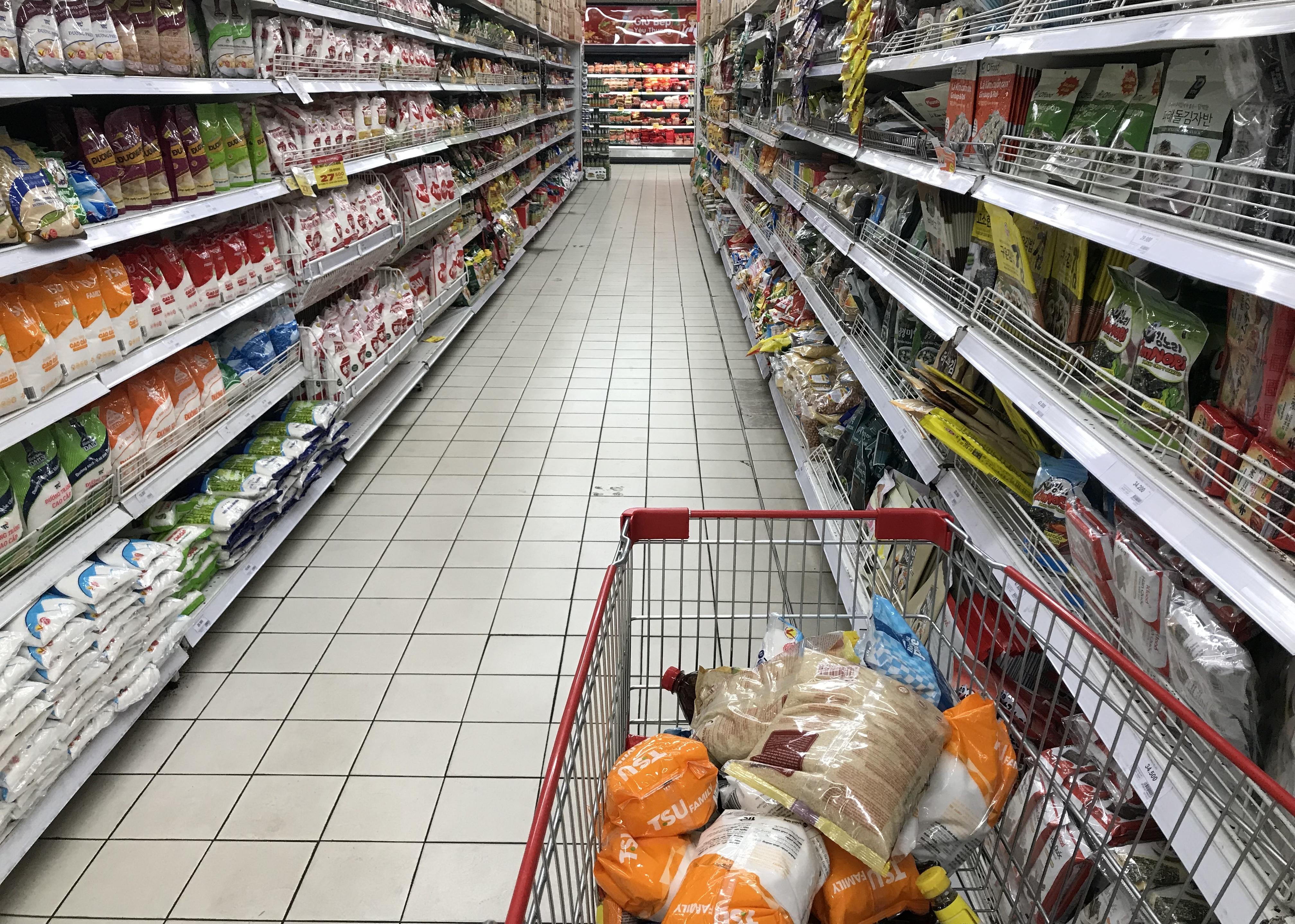 Big C miền Đông bất ngờ thông báo đóng cửa, người tiêu dùng sững sờ, siêu thị vắng lặng chiều nay - Ảnh 12.