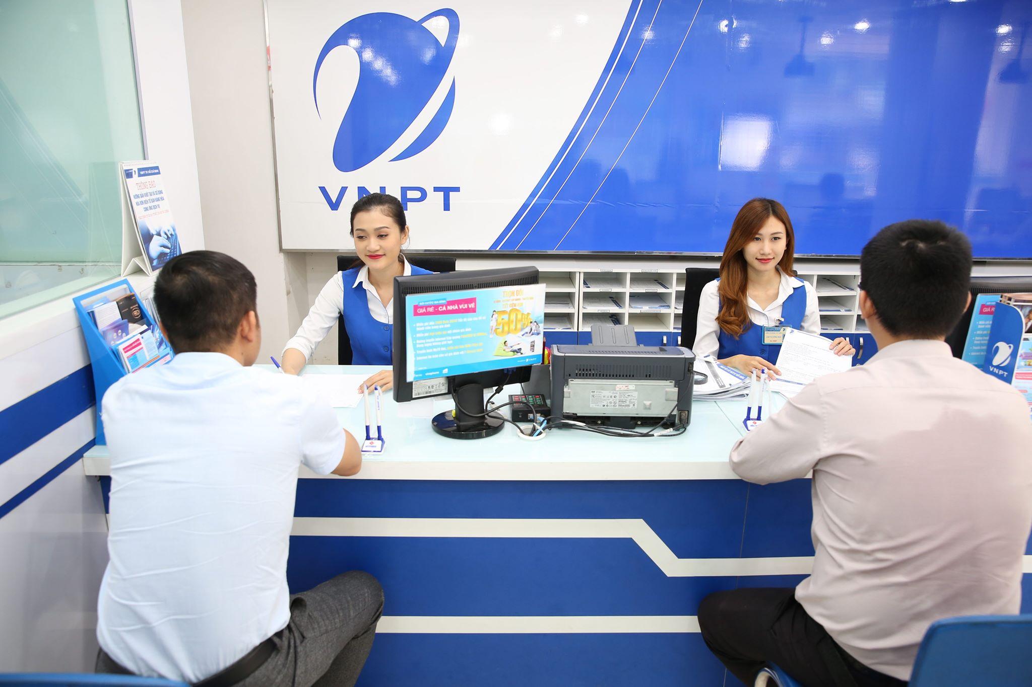 Thị trường SIM số vẫn rộn ràng trước thông tin nhà mạng ngừng bán mới qua kênh phân phối - Ảnh 4.