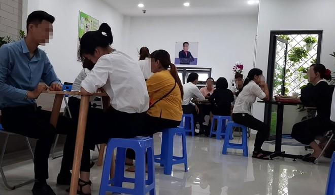 Lật tẩy chiêu trò công ty đa cấp nhắm vào sinh viên, hô thu nhập trăm triệu mỗi tháng - Ảnh 1.