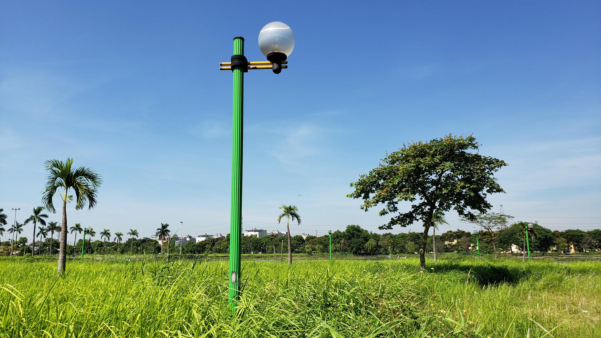 Chờ dự án cải tạo, công viên CV-02 Khu đô thị mới Việt Hưng như cánh đồng hoang - Ảnh 14.