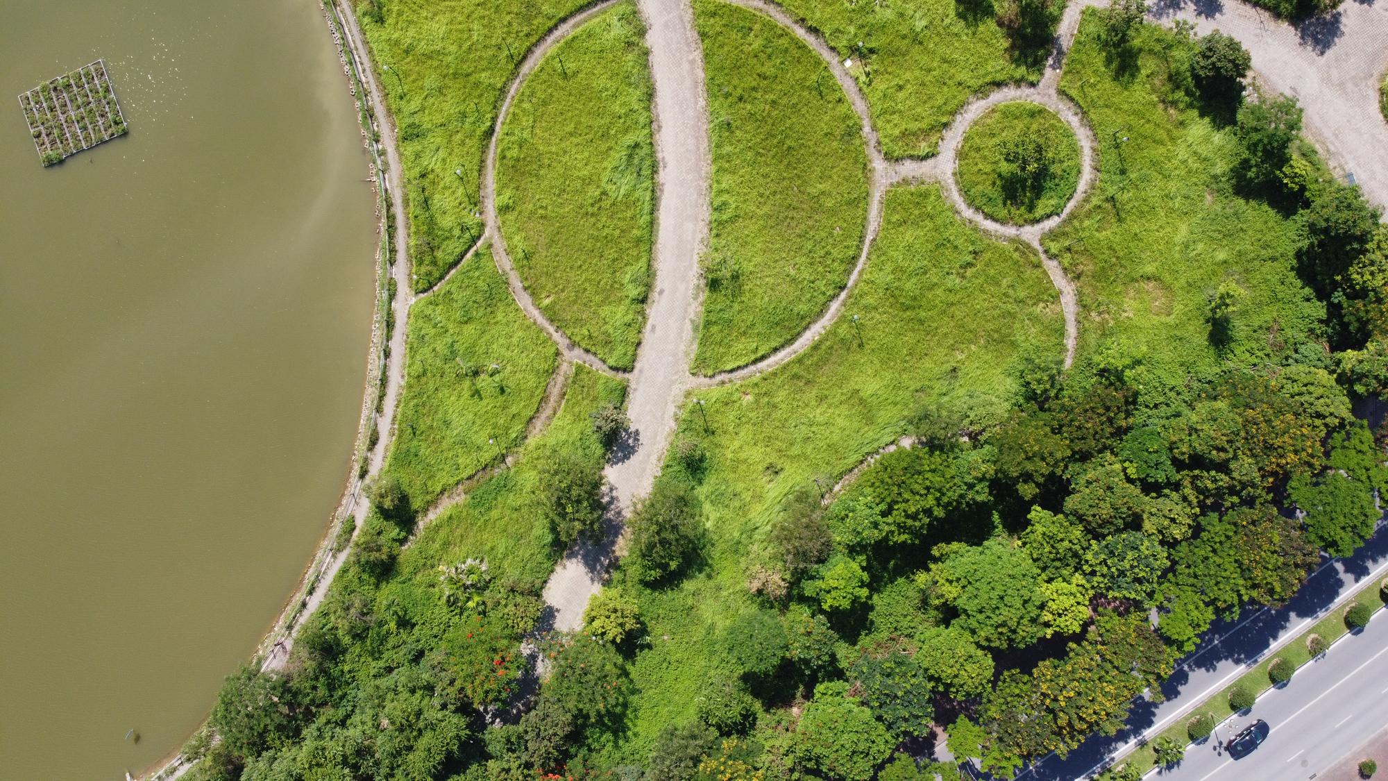 Chờ dự án cải tạo, công viên CV-02 Khu đô thị mới Việt Hưng như cánh đồng hoang - Ảnh 6.