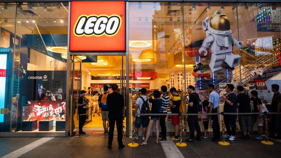 Bí kíp trở thành thương hiệu được yêu thích nhất thế giới của Lego - Ảnh 2.