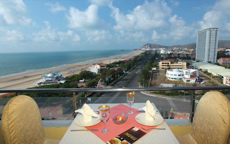 'Ôm trọn' biển với những khách sạn Vũng Tàu có view cực đỉnh - Ảnh 4.
