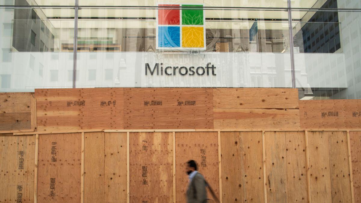Microsoft rút lui 100% khỏi mảng bán lẻ truyền thống - Ảnh 2.