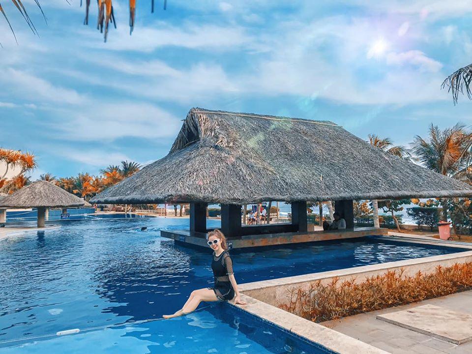 Sợ Vũng Tàu đông đúc, ghé ngay resort ở Hồ Tràm để hưởng thụ biển xanh - Ảnh 8.