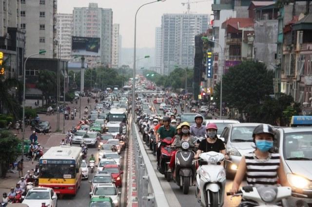 Bộ Giao thông Vận tải chính thức rút lại quy định xe máy phải bật đèn cả ngày - Ảnh 1.