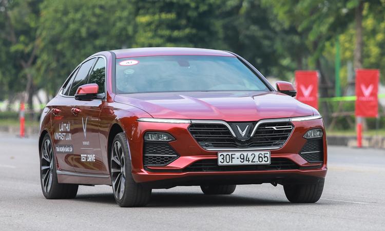 Sau ưu đãi tháng 5, VinFast tiếp tục duy trì mức giảm lên tới gần 200 triệu đồng cho các dòng xe - Ảnh 1.