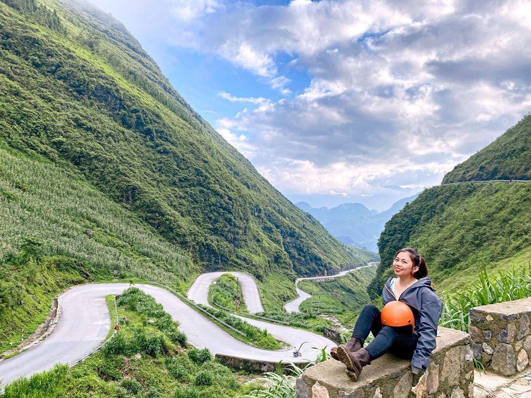 Tour du lịch Hà Giang tháng 7: Ngẩn ngơ với màu áo xanh rì của núi rừng ngày hạ - Ảnh 8.