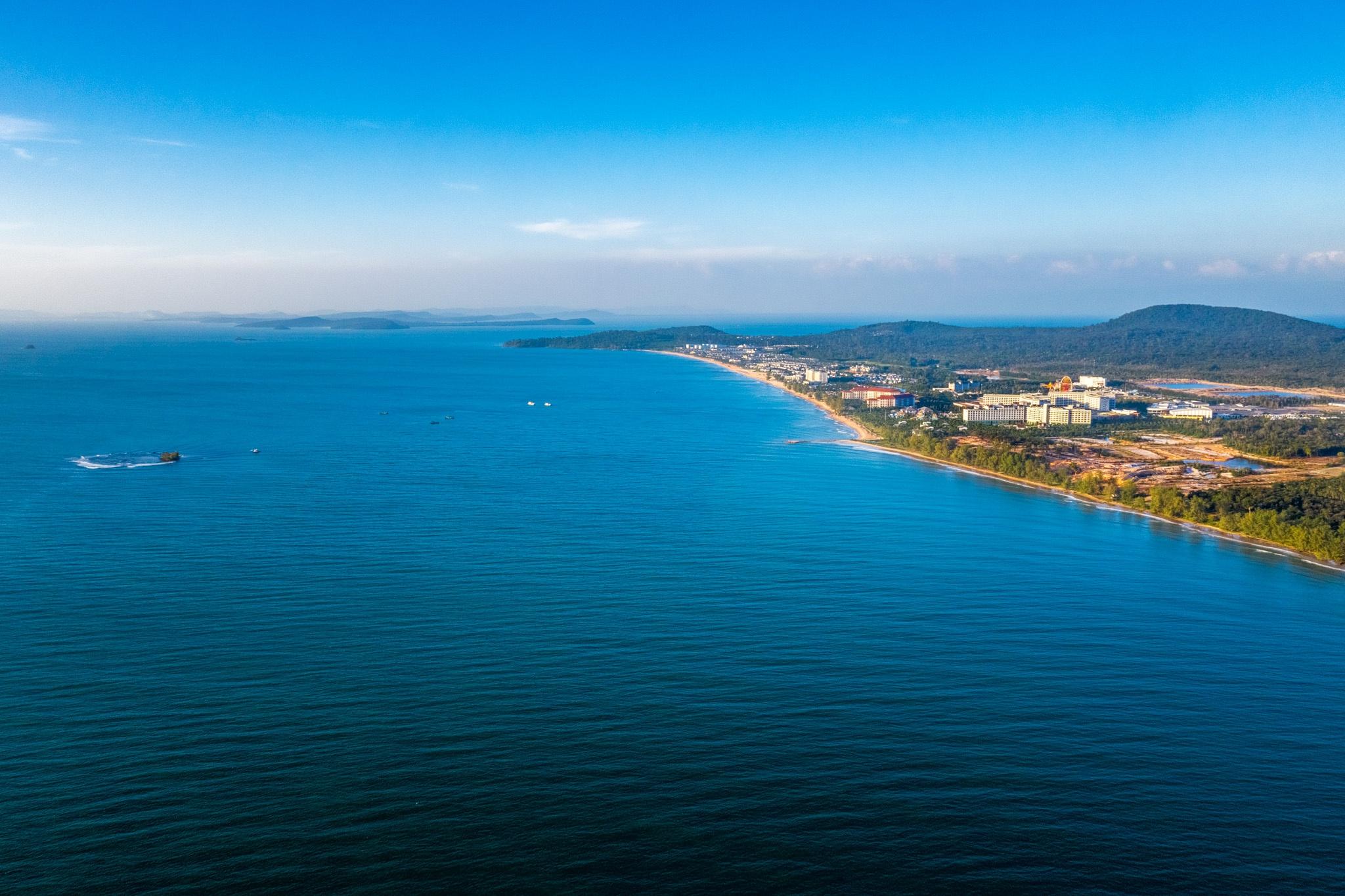 Chu du biển đảo Phú Quốc, ngắm vẻ đẹp giao hòa của tự nhiên - Ảnh 2.