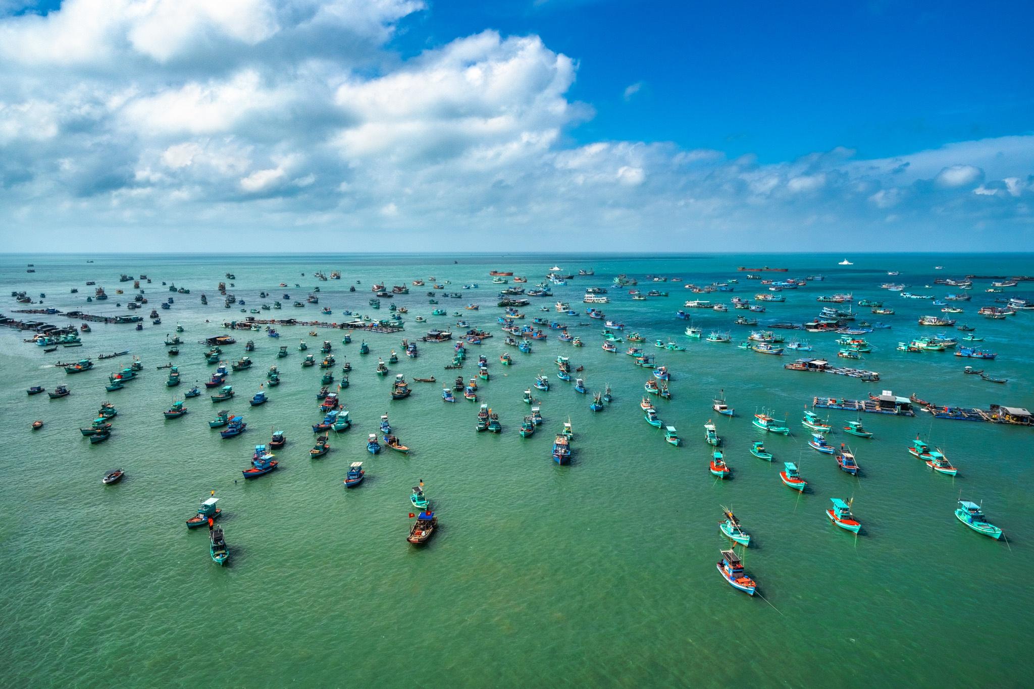 Chu du biển đảo Phú Quốc, ngắm vẻ đẹp giao hòa của tự nhiên - Ảnh 1.