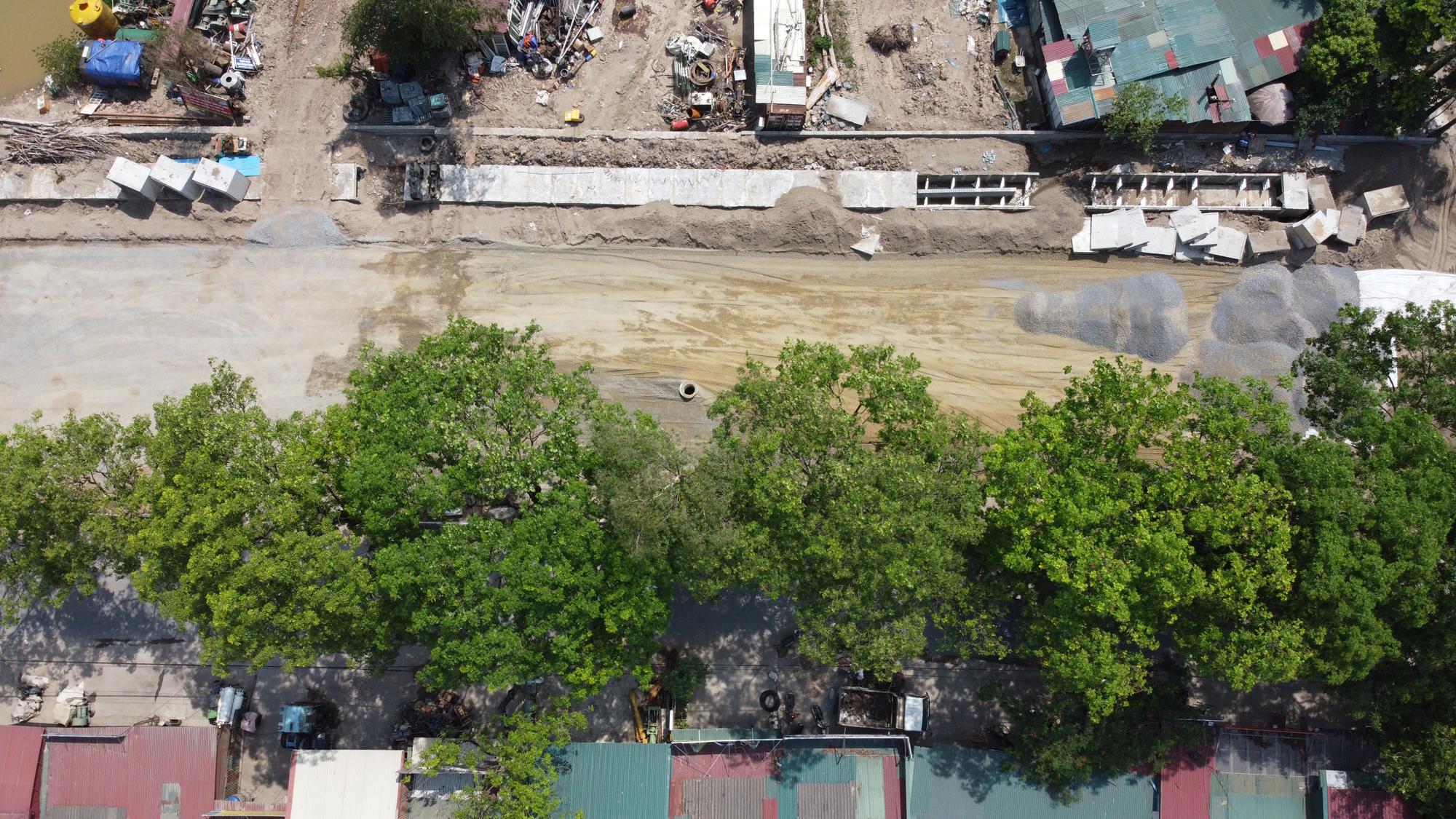 Đang làm một phần đường 70 ở quận Nam Từ Liêm từ cầu Ngà đến hết ranh giới dự án Làng giáo dục Quốc tế - Ảnh 7.