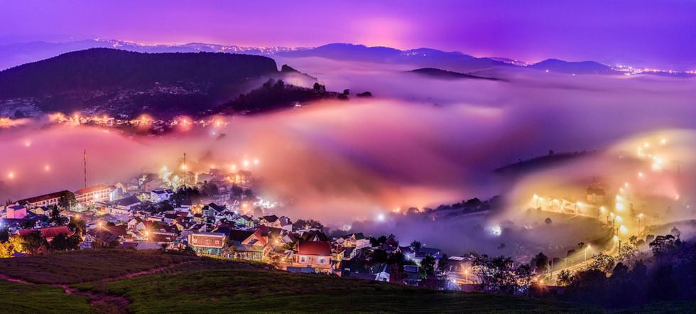 Đà Lạt, lạc giữa bềnh bồng trời mây trong mùa 'săn' đẹp nhất - Ảnh 1.