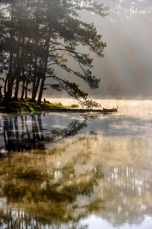 Đà Lạt, lạc giữa bềnh bồng trời mây trong mùa 'săn' đẹp nhất - Ảnh 9.