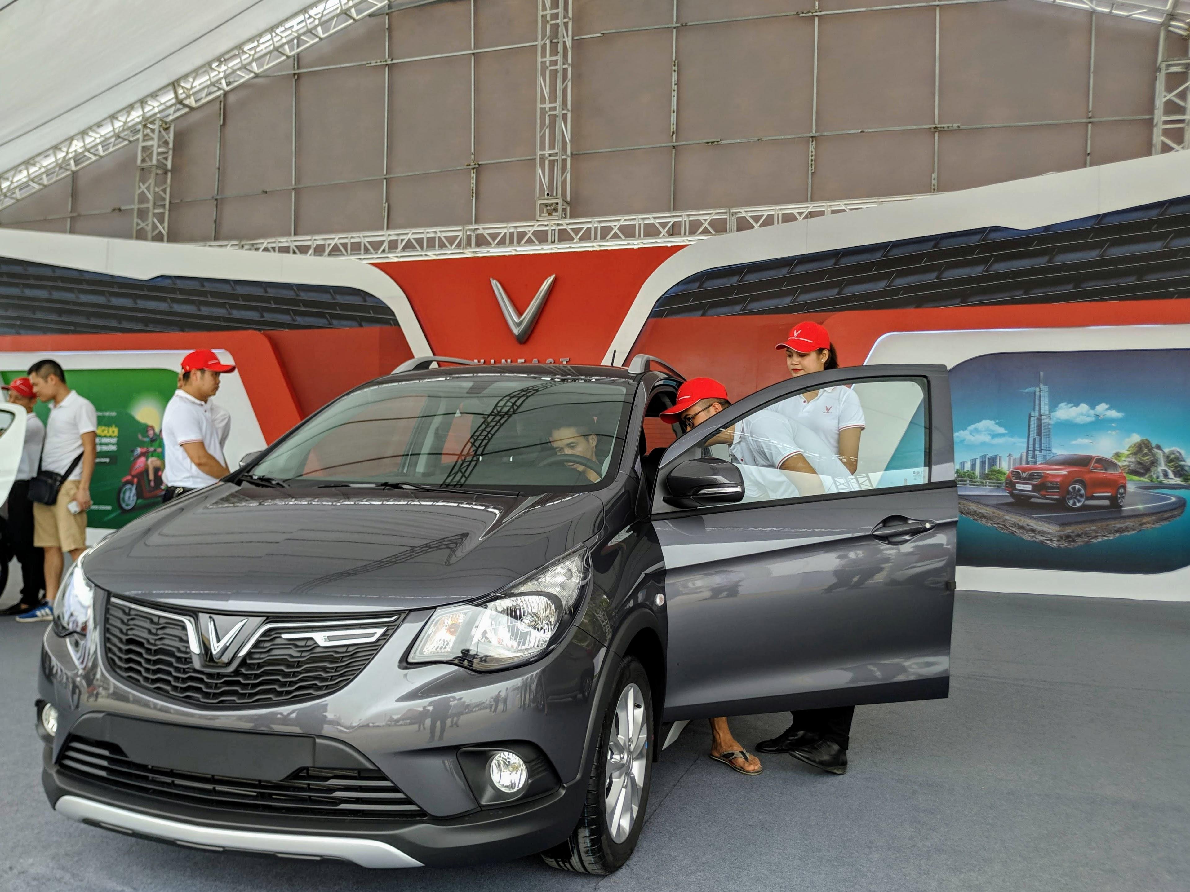Hơn 2.100 ô tô VinFast đã được bán ra trong tháng 5/2020 - Ảnh 1.