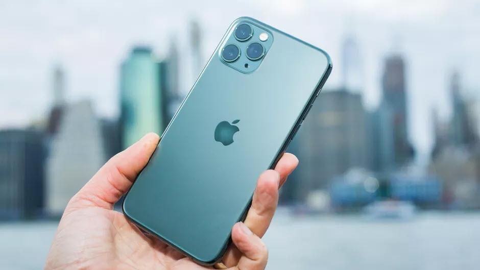 Người dùng iPhone 11 bị màn hình xanh, Apple cam kết sửa chữa miễn phí - Ảnh 2.