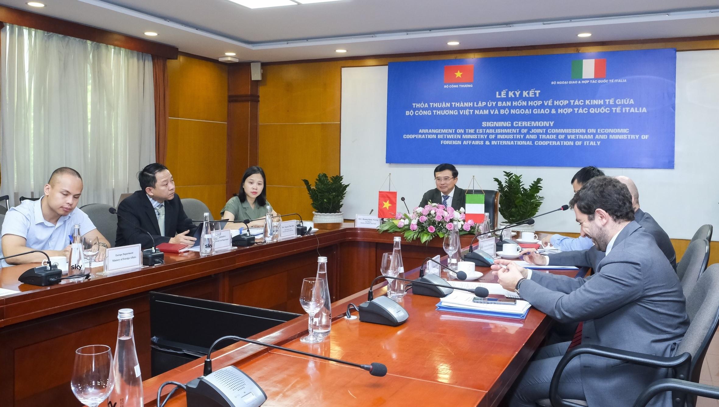 Thành lập Ủy ban Hỗn hợp về Hợp tác Kinh tế giữa Việt Nam - Italia - Ảnh 1.