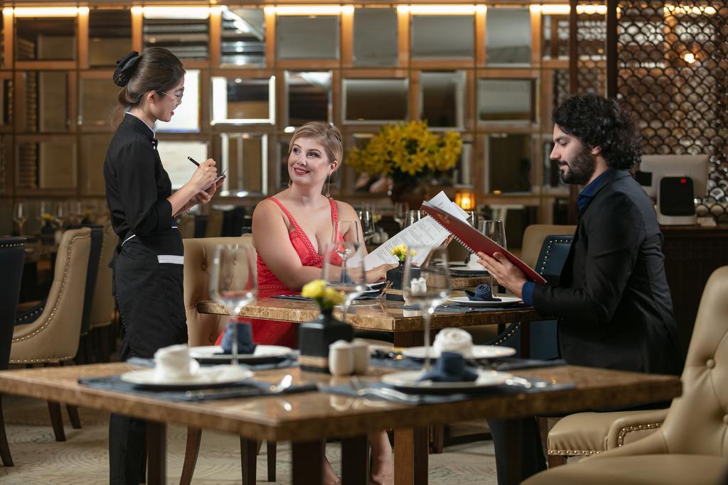 Top 3 khách sạn 5 sao gần hồ Gươm được nhiều du khách yêu thích - Ảnh 8.