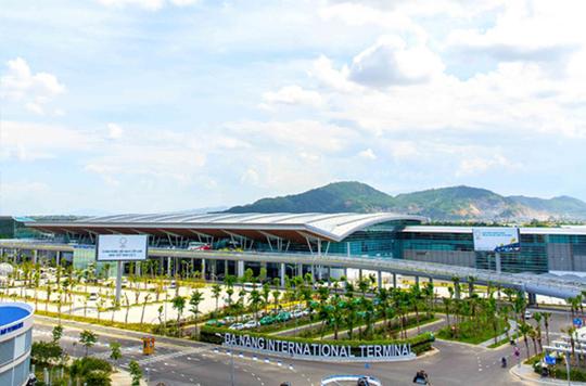 Có nên ở khách sạn gần sân bay Đà Nẵng hay không? - Ảnh 1.
