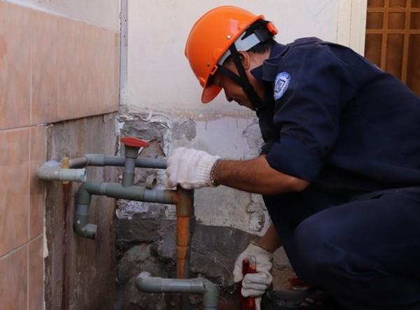 TP HCM: Nhiều quận trung tâm bị cúp nước, nước yếu vào cuối tuần  - Ảnh 1.
