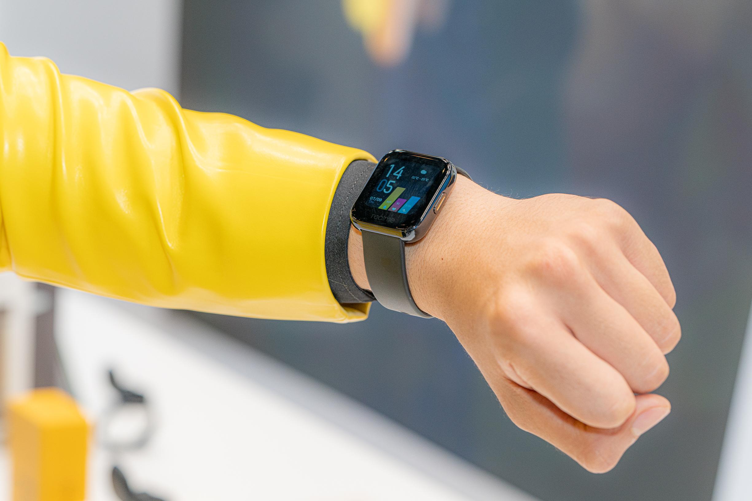 Realme Watch tham chiến thị trường đồng hồ thông minh phổ thông, cạnh tranh từ tính năng đến giá bán - Ảnh 1.