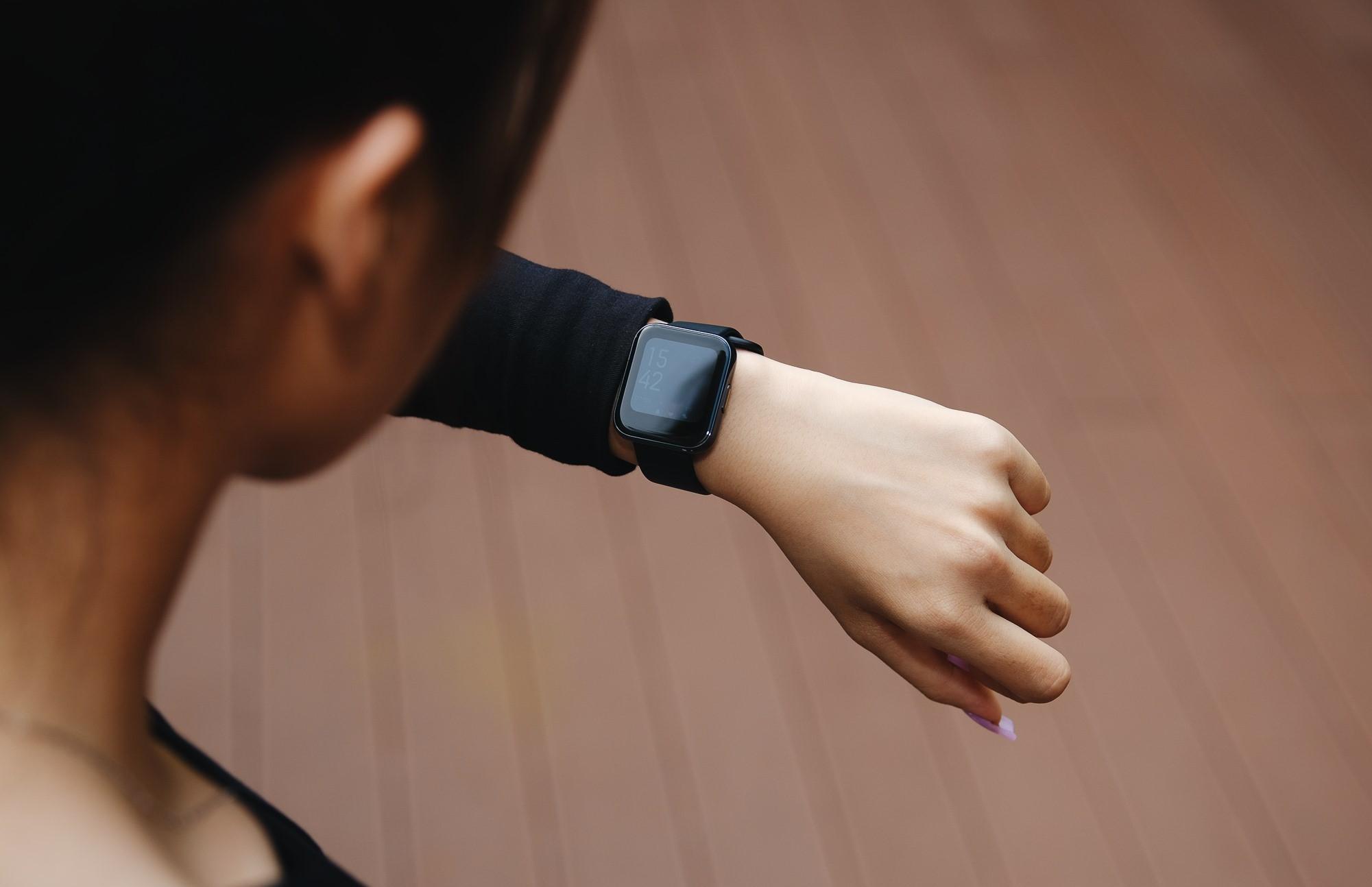Realme Watch tham chiến thị trường đồng hồ thông minh phổ thông, cạnh tranh từ tính năng đến giá bán - Ảnh 4.