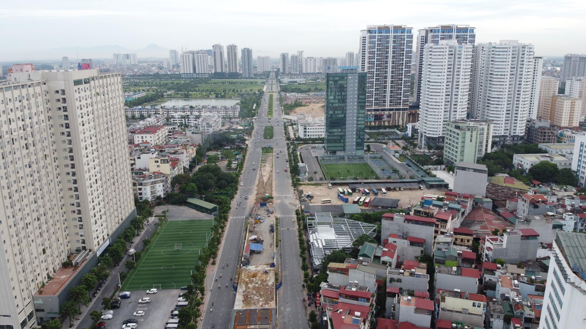 Cầu vượt nút giao Hoàng Quốc Việt - Nguyễn Văn Huyên sắp thông xe, ba quận hưởng lợi - Ảnh 6.