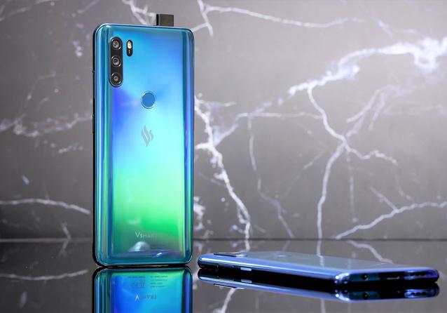 Gợi ý những dòng điện thoại Vsmart đáng mua hiện nay trên thị trường - Ảnh 1.
