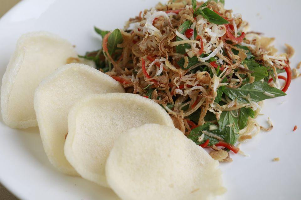 Top 5 nhà hàng chay Đà Nẵng từ sang chảnh đến bình dân hút hồn du khách - Ảnh 3.