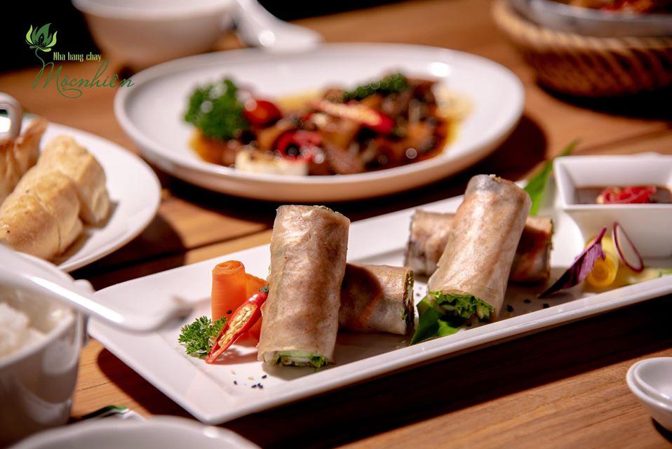 Top 5 nhà hàng chay Đà Nẵng từ sang chảnh đến bình dân hút hồn du khách - Ảnh 16.