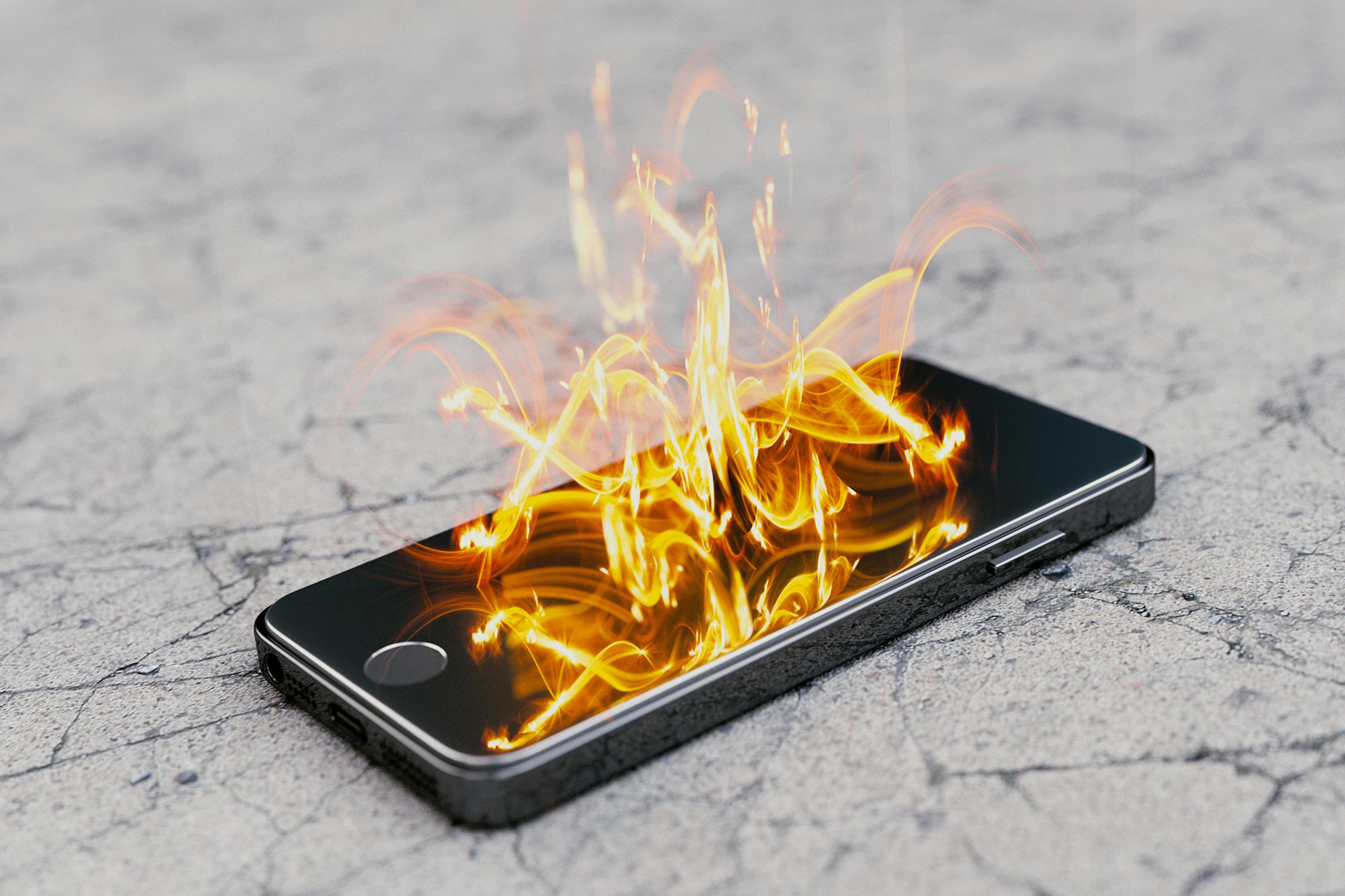 Vì sao điện thoại bị nóng khi không sử dụng? Cách khắc phục như thế nào? - Ảnh 1.