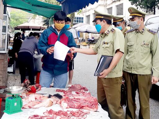 Bộ Công Thương lập Đoàn kiểm tra các khâu trung gian đã đẩy giá thịt heo lên cao - Ảnh 1.