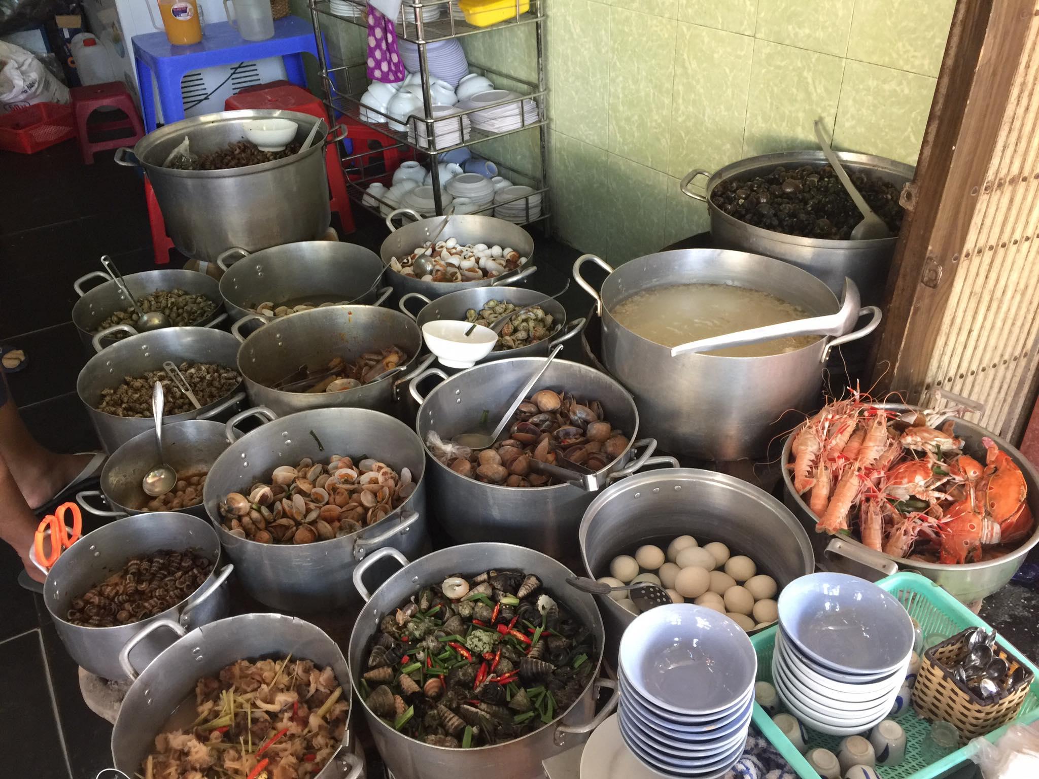 1 ngày ăn gì ở Quy Nhơn thỏa các tiêu chí Ngon - Bổ - Rẻ - Ảnh 14.