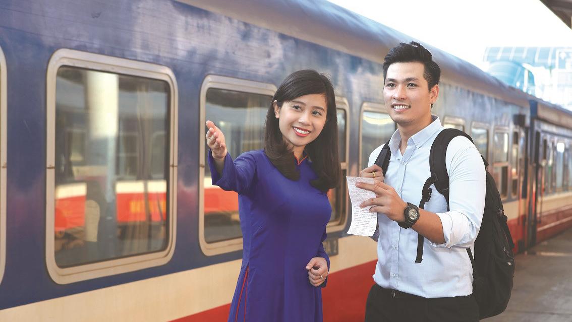 Chạy lại đôi tàu Thống nhất SE9 và 10 tuyến Hà Nội - Sài Gòn từ 9/7 - Ảnh 1.