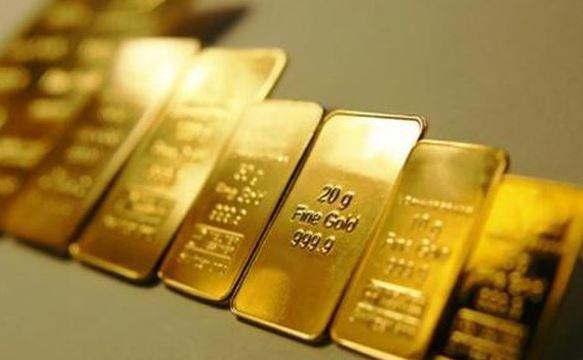 Giá vàng hôm nay 31/7: Thị trường trong nước đang chờ thêm phản ứng mới từ thế giới - Ảnh 2.