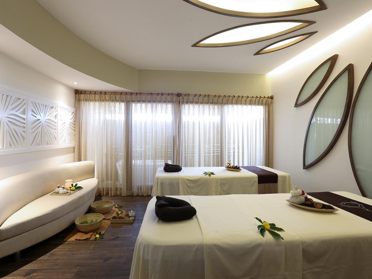 Top những resort Đà Nẵng ở gần biển 'hút' khách nhất - Ảnh 20.