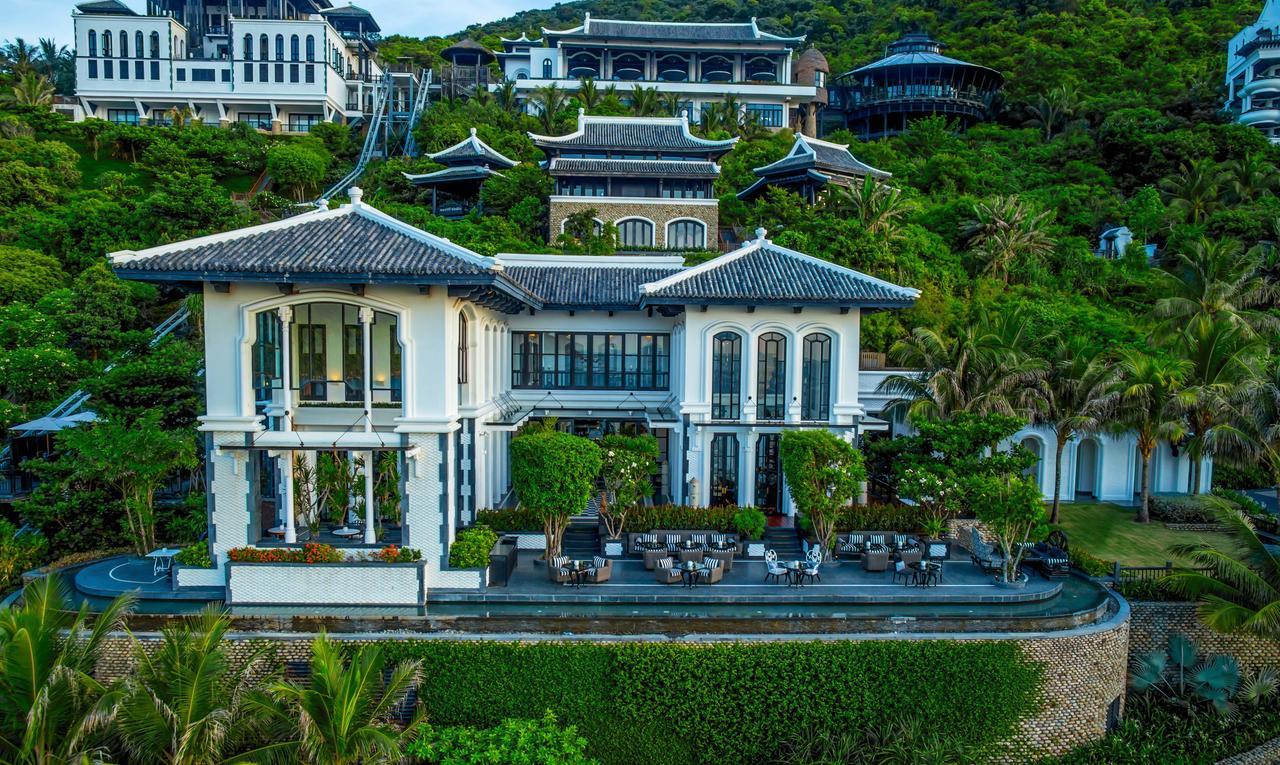 Top những resort Đà Nẵng ở gần biển 'hút' khách nhất - Ảnh 7.