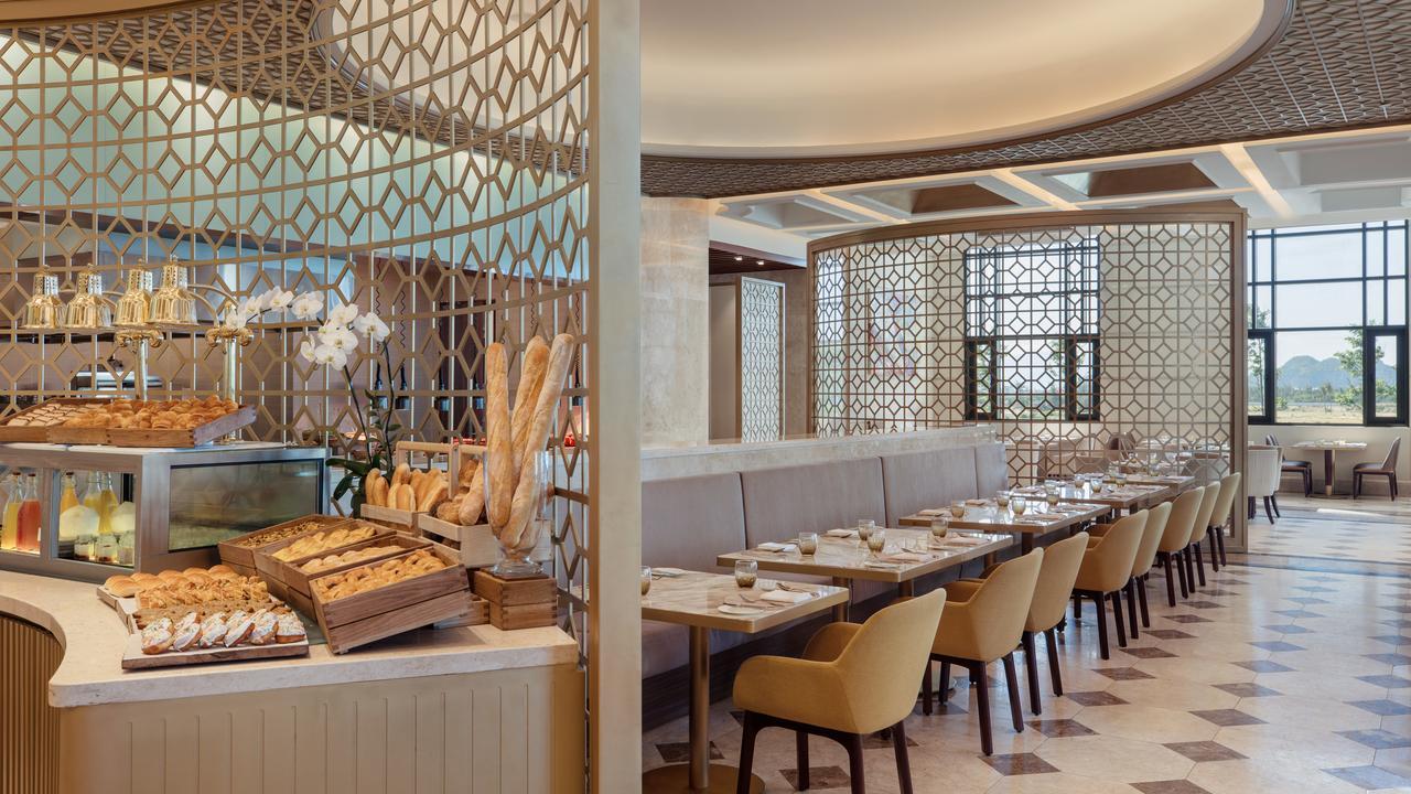 Top những resort Đà Nẵng ở gần biển 'hút' khách nhất - Ảnh 12.