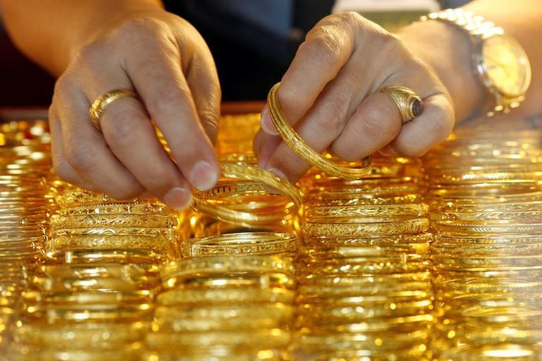 Giá vàng lập kỉ lục mới, hơn 50,3 triệu đồng/lượng - Ảnh 1.