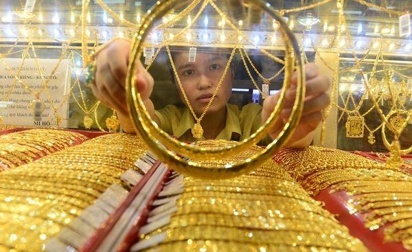 Giá vàng hôm nay 8/7: SJC tăng 400.000 đồng, vượt mốc 50 triệu đồng/lượng - Ảnh 2.