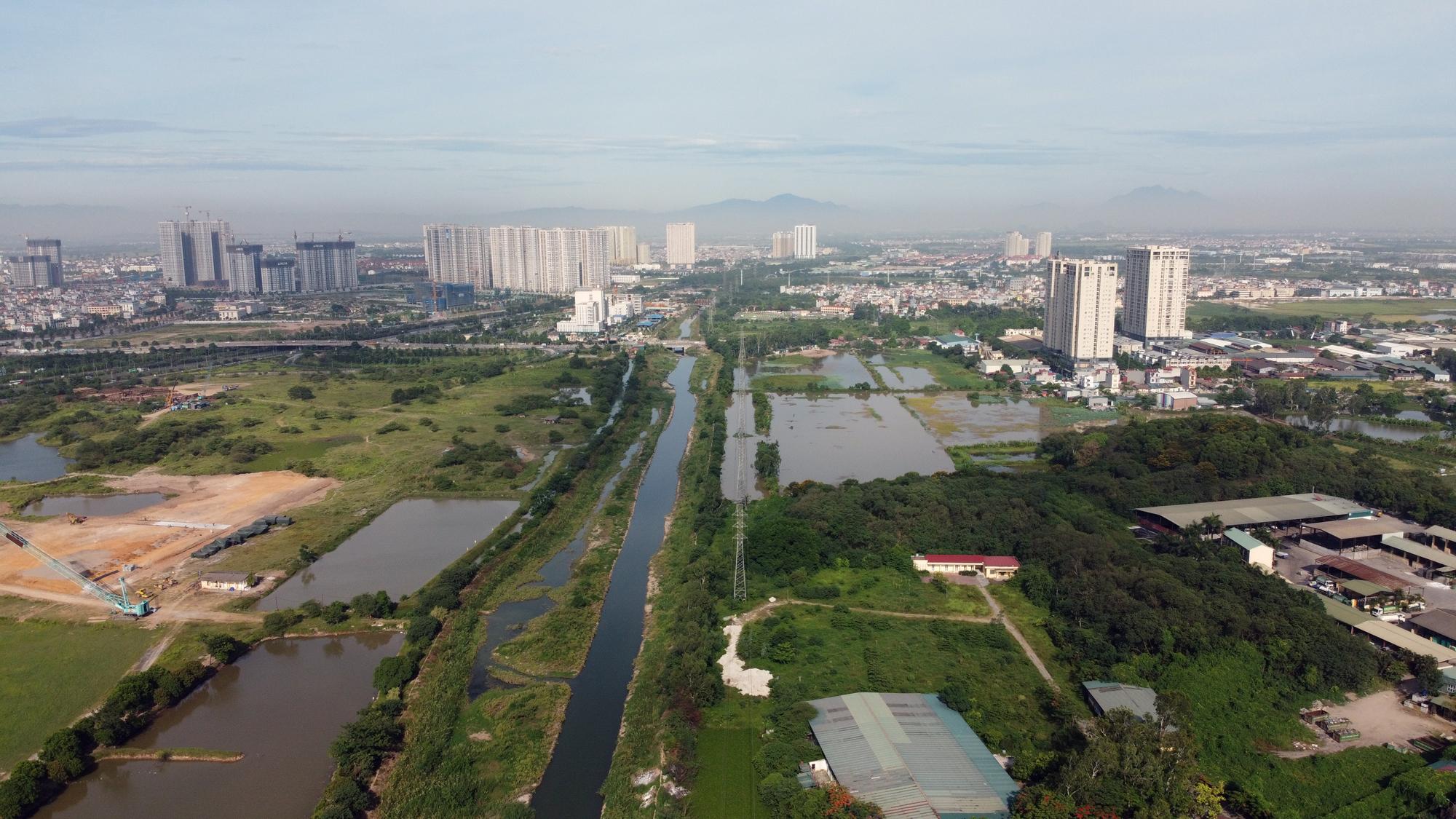 Toàn cảnh nơi xây dựng tuyến đường dài 3km trị giá gần 500 tỉ đồng ở quận Nam Từ Liêm - Ảnh 4.