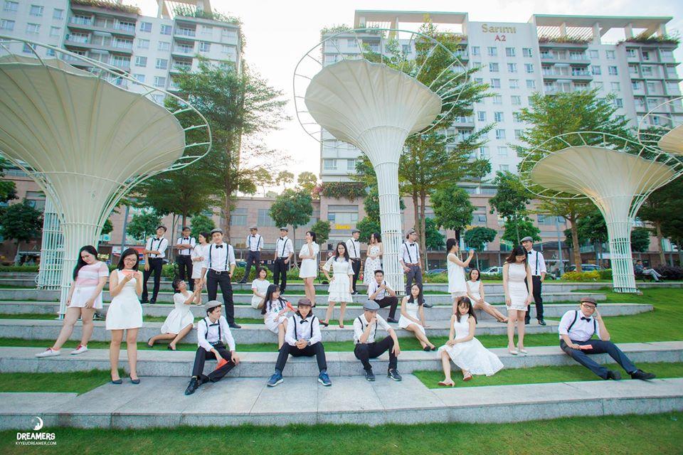 Trốn ồn ào, náo nhiệt nơi phố thị với 'Garden by the Bay' phiên bản Sài Gòn - Ảnh 1.
