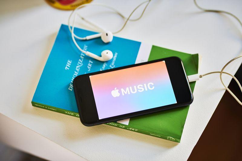 iPhone giảm nhiệt, Apple tung chiêu mới hòng kiếm thêm tiền từ người dùng - Ảnh 1.