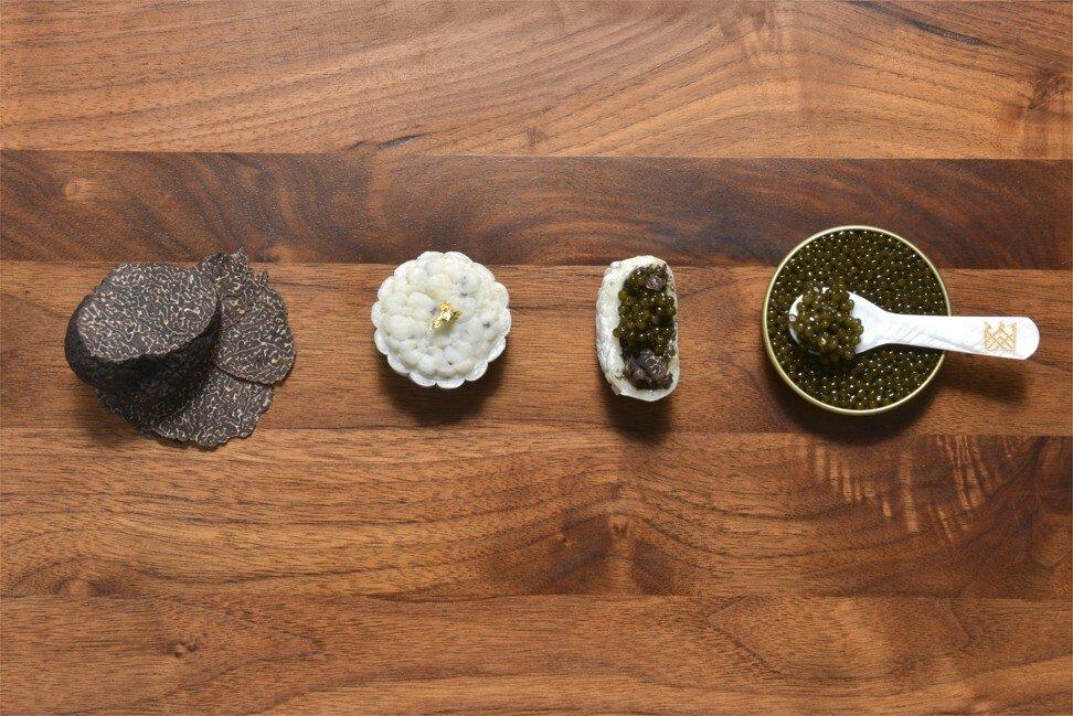 Chiếc bánh trung thu giá hơn 5 triệu đồng được làm từ những nguyên liệu xa xỉ nhất thế giới - Ảnh 3.