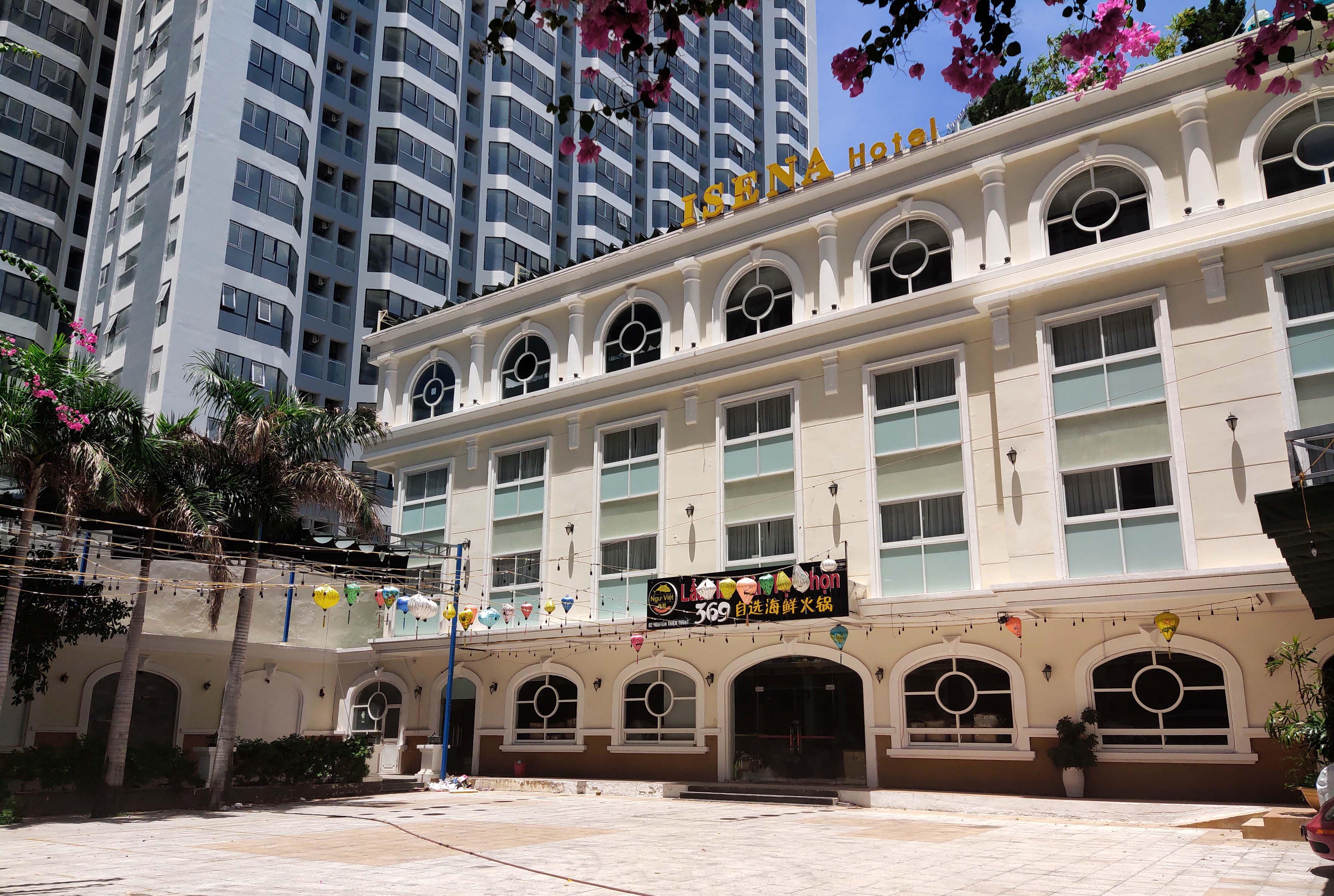 Khánh Hòa: Hàng loạt khách sạn đóng cửa lần 2 vì công suất buồng phòng chưa đến 10% - Ảnh 2.