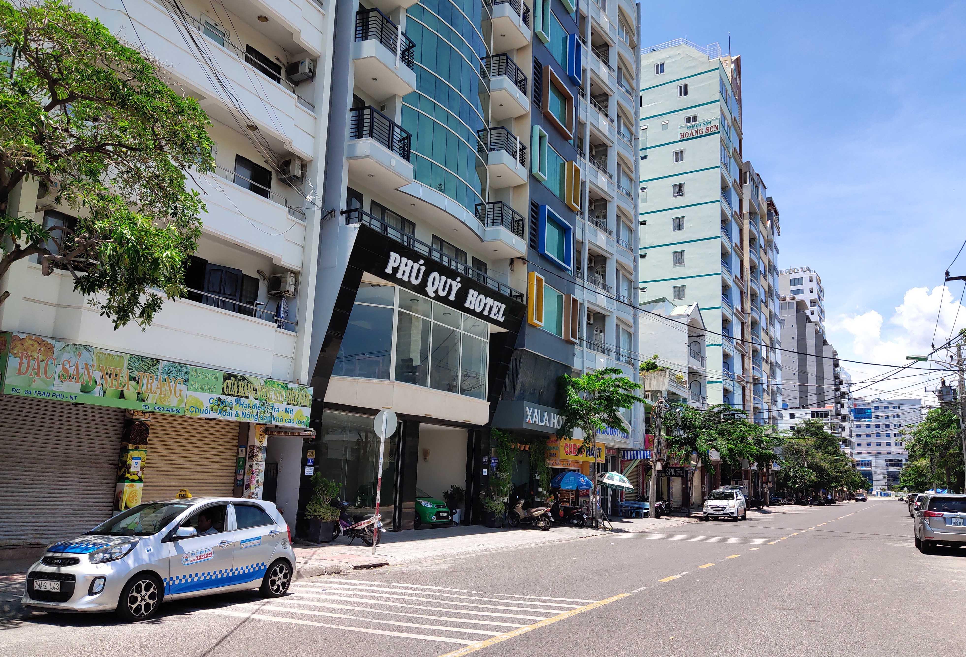 Khánh Hòa: Hàng loạt khách sạn đóng cửa lần 2 vì công suất buồng phòng chưa đến 10% - Ảnh 8.