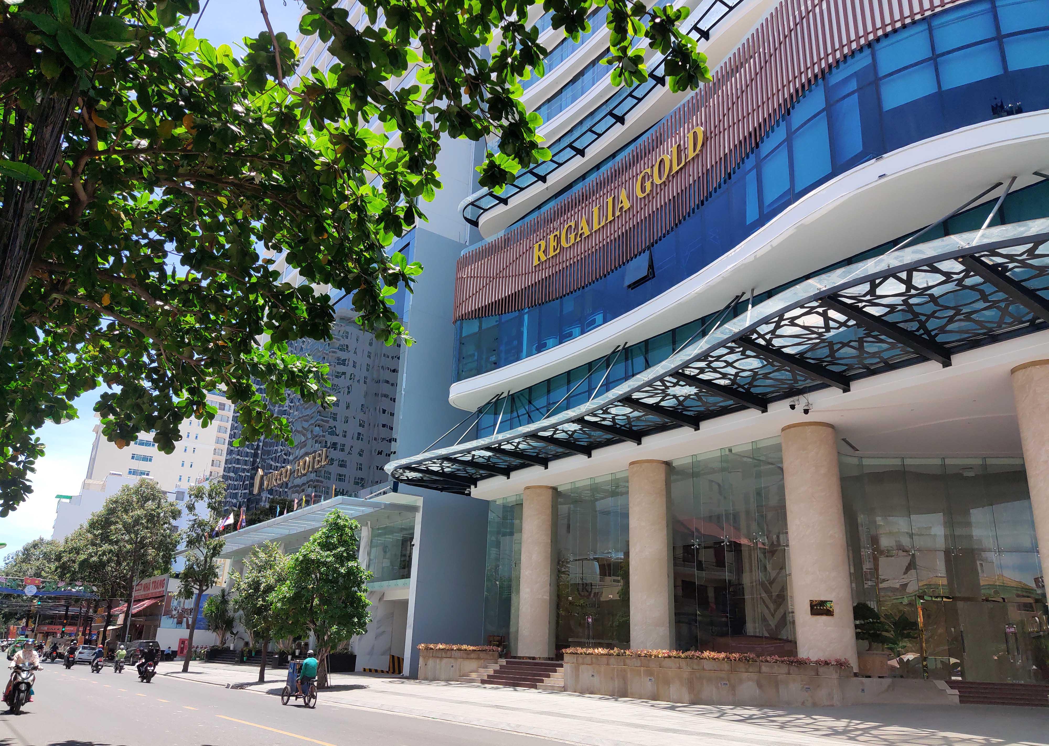 Khánh Hòa: Hàng loạt khách sạn đóng cửa lần 2 vì công suất buồng phòng chưa đến 10% - Ảnh 5.