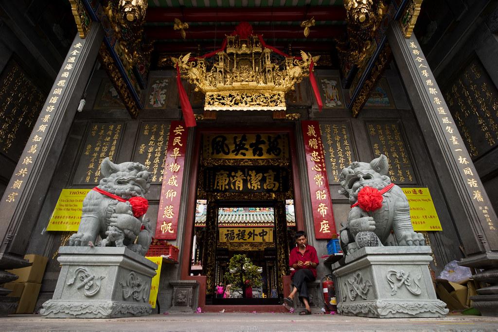 Nhân ngày Thất Tịch, cùng dạo quanh những ngôi chùa cầu duyên nổi tiếng nhất Hà Nội và Sài Gòn - Ảnh 12.