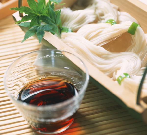 Không phải đậu đỏ, Somen mới là món mà du khách nên thử khi đến Nhật vào ngày lễ Thất Tịch  - Ảnh 2.
