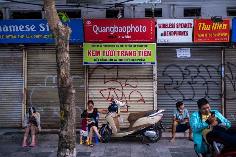 Bloomberg: Bất chấp Covid-19, Việt Nam vẫn là 'thỏi nam châm' thu hút đầu tư nước ngoài - Ảnh 2.